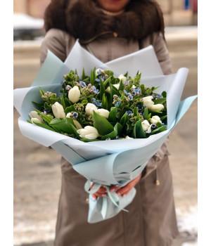 """Букет из тюльпанов """"Воздушный"""""""