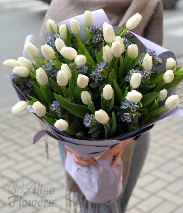 заказать Букет из тюльпанов огромный в Петербурге