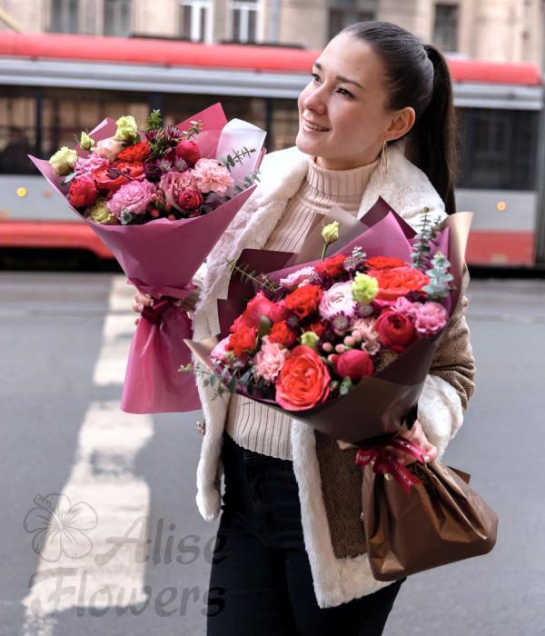 заказать Букет из алых роз в Петербурге