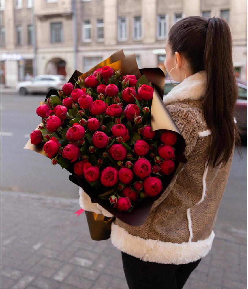 заказать Красивый букет роз в Петербурге