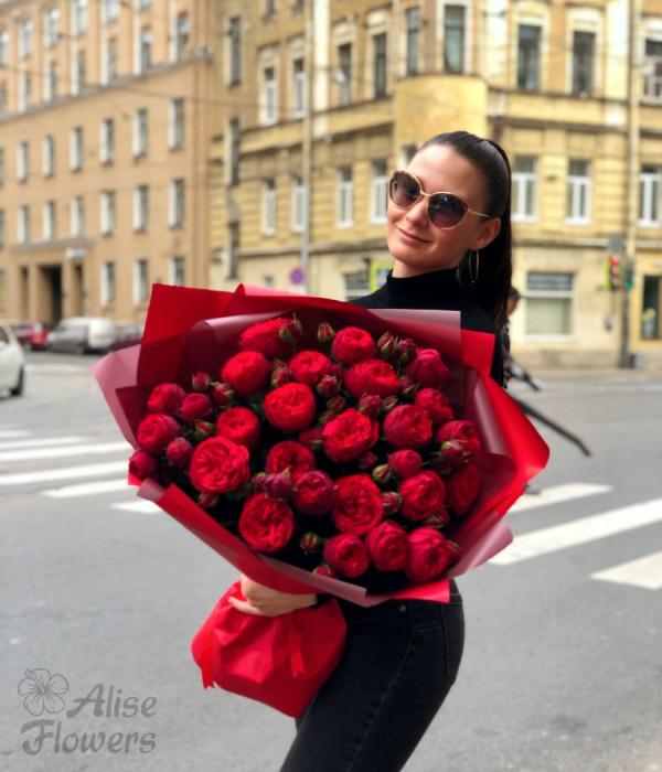 заказать Букет из пионовидных роз в Петербурге