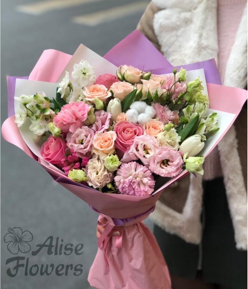 заказать Букет из роз и тюльпанов в Петербурге