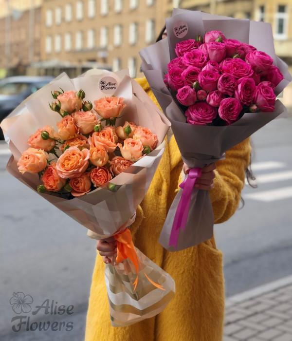 заказать Букеты из пионовидных роз в Петербурге