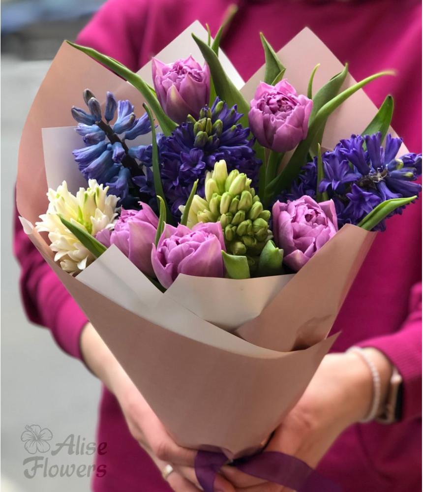 заказать Букет из тюльпанов и гиацинтов в Петербурге