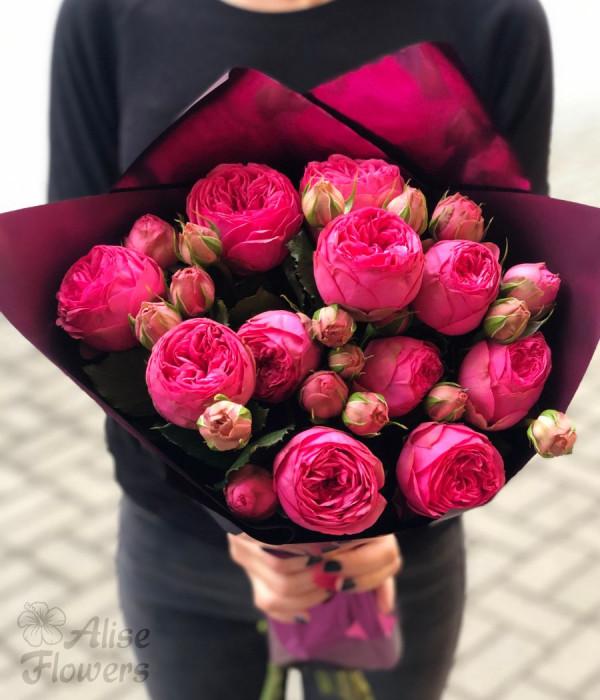заказать Букет роз пионовидных яркий в Петербурге
