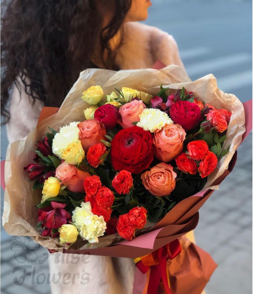 Букет из розы и альстромерии