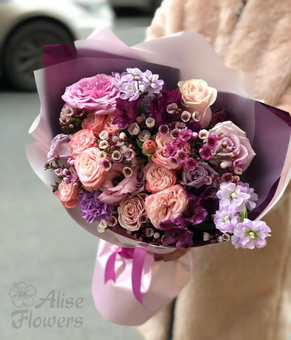 заказать Букет из розы и хамелациум в Петербурге