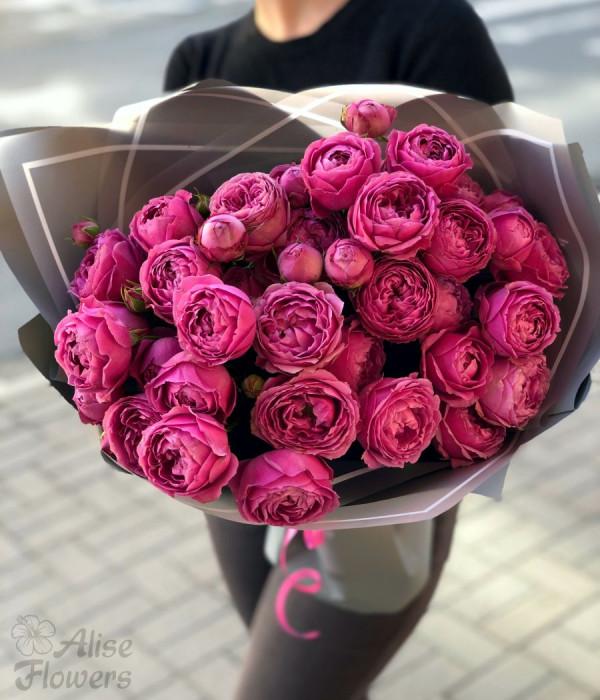 заказать Букет пионовидных роз в Петербурге