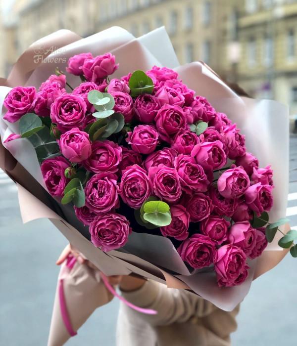 заказать Букет пионовидных роз изящный в Петербурге