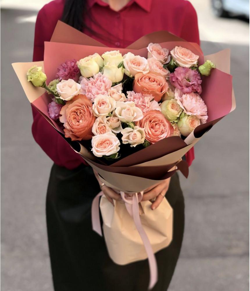 Букет роз бежевый