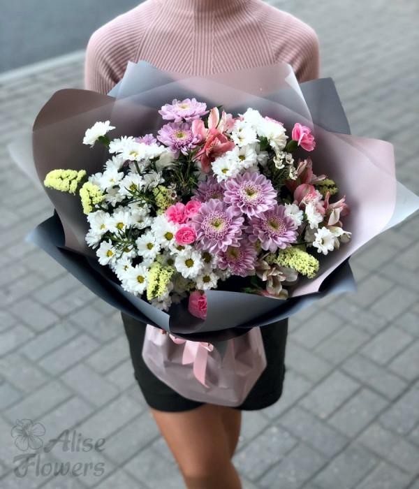 заказать Букет из хризантемы и сантини в Петербурге