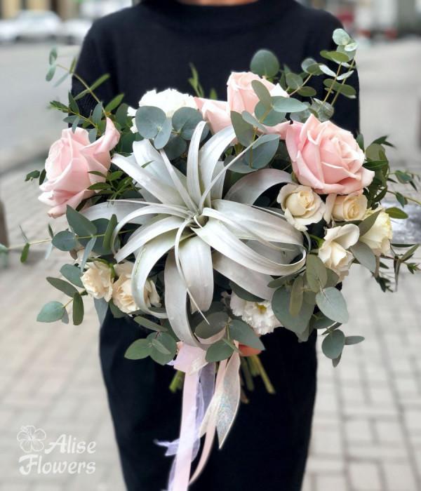 заказать Букет Невесты светлый в Петербурге