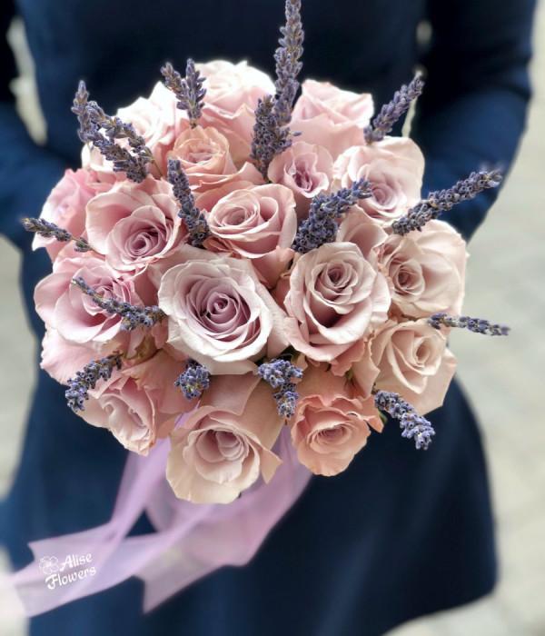 заказать Букет невесты кремовый в Петербурге