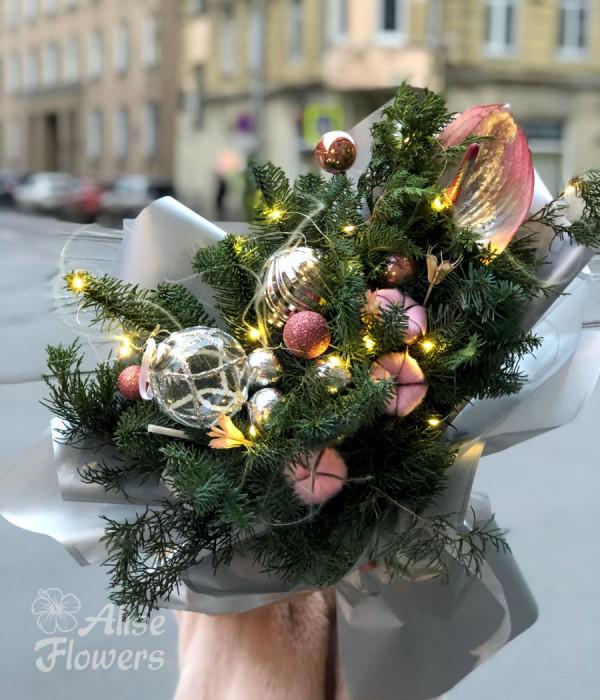 заказать Новогодний букет с гирляндой в Петербурге