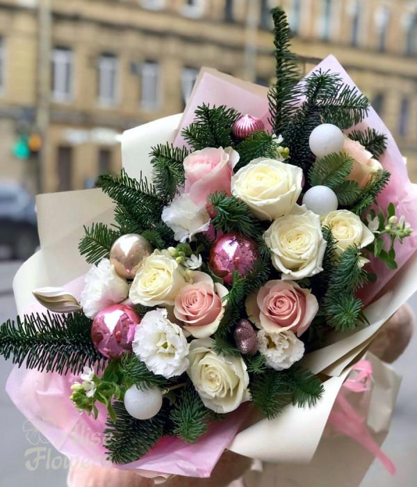 заказать Новогодний букет с шарами в Петербурге